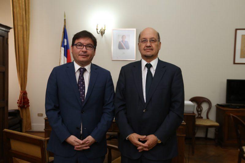 Director de SENDA sostuvo reunión protocolar con ministro de Desarrollo Social