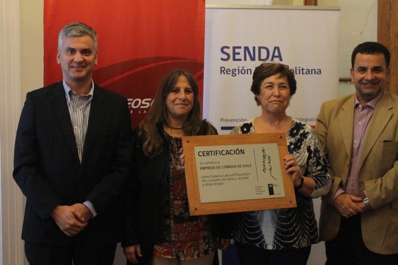 SENDA certifica a Correos de Chile por programa Trabajar con Calidad de Vida
