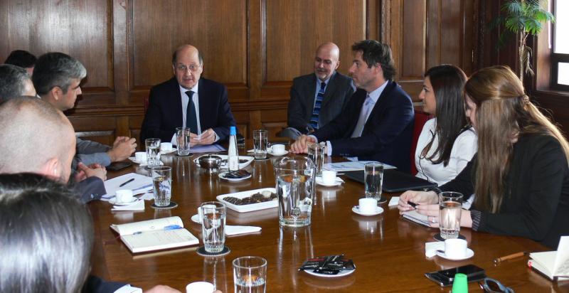 SENDA recibe a delegación del Ministerio de Justicia y DDHH argentino por Tribunales de Tratamiento de Drogas