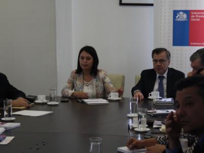 SENDA presentó programa Trabajar con Calidad de Vida a Subsecretaría de Previsión Social y servicios del Ministerio del Trabajo