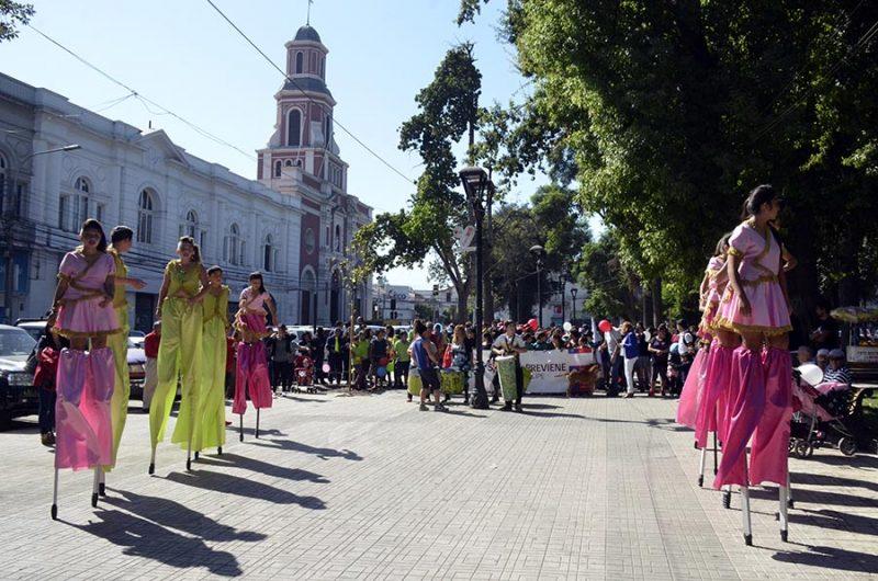 Con colorido carnaval dan el inicio al año escolar preventivo en San Felipe
