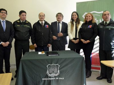 Gendarmería y SENDA se unen para prevenir el consumo de drogas entre internas de Quillota