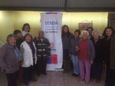 Adultos mayores de La Serena se capacitan en temáticas preventivas