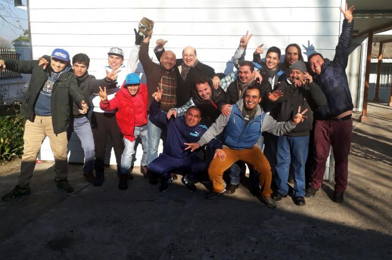 Director de SENDA conoció trabajo de centro tratamiento residencial de Curicó