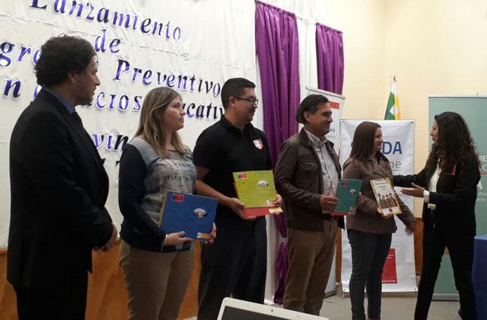 Senda lanza programas preventivos junto a comunidad educativa en el Tamarugal