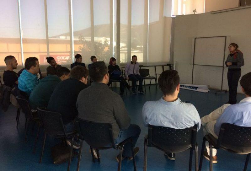 Jóvenes de centros de tratamiento se capacitan laboralmente en Melipilla