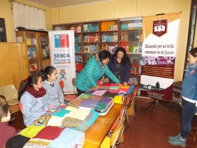 Escuela Radimadi de La Unión y SENDA Previene realizaron actividad en beneficio de personas en situación de calle