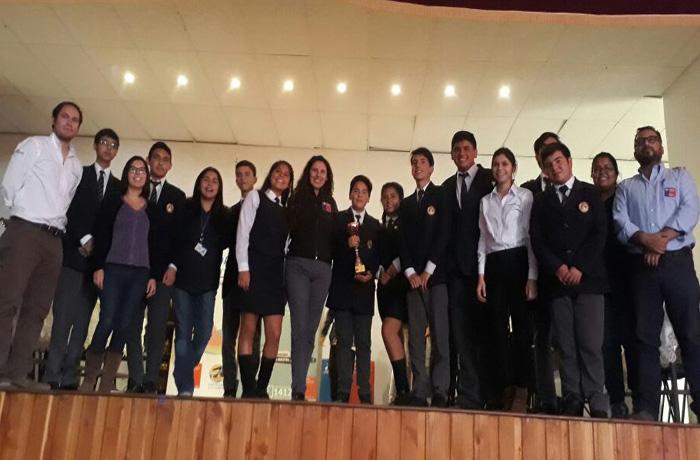 LiceoJuan Pablo II de Alto Hospicio obtuvo primer lugar en Torneo Regional de Debates Preventivos del consumo de alcohol y otras drogas