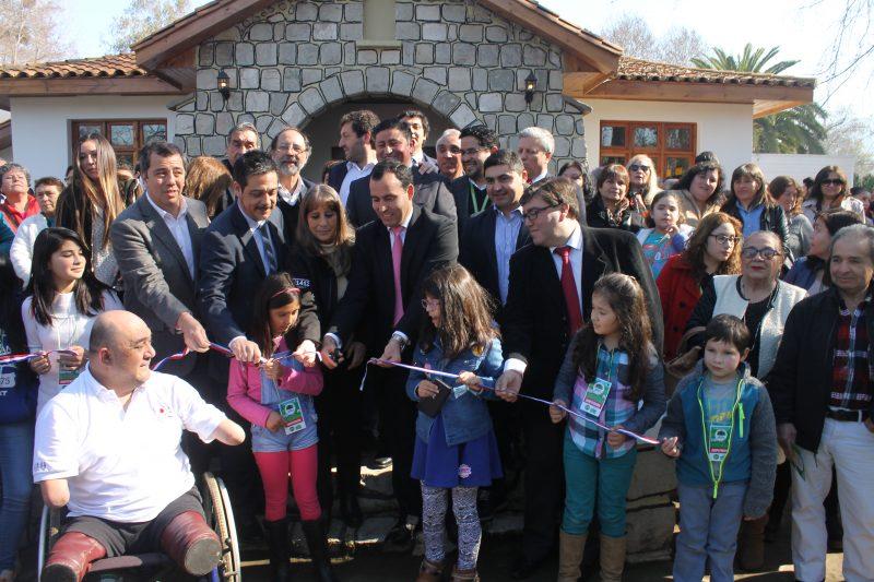 Directora regional asiste a inauguración de Espacio Peñaflor