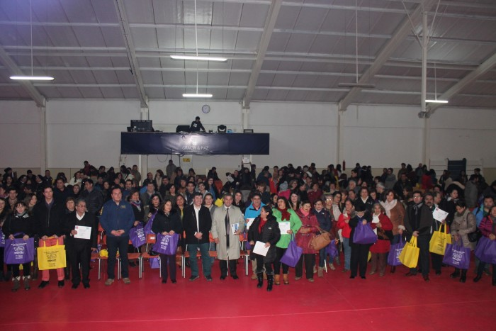 Masiva participación en Jornada de Fortalecimiento Parental de SENDA Los Ríos