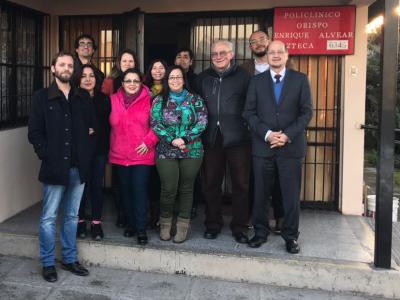 """Director de SENDA visitó Policlínico de Alcoholismo y Drogadicción """"Obispo Enrique Alvear"""""""
