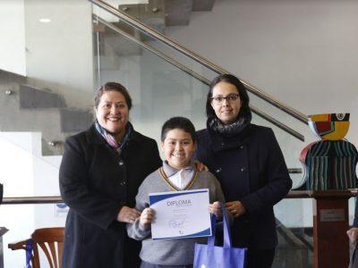 Estudiantes de La Granja participan en concurso de cuentos preventivos