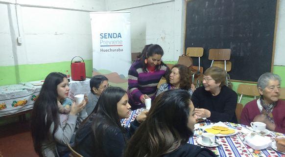SENDA Previene Huechuraba organiza encuentro de generaciones