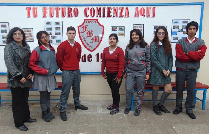 Liceo Fernando Binvignat representará a la región en Torneo de Debates