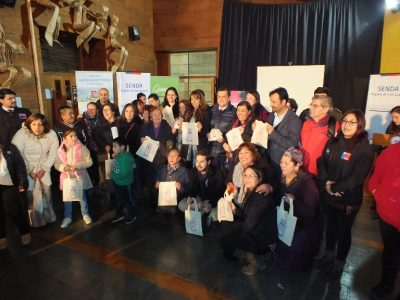 """Con vecinos y vecinas de  Mirasol  invitan a sumarse a la campaña """"Escuchar es parte de la solución"""""""