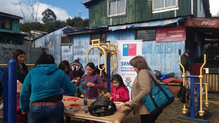 Con juegos populares SENDA Previene La Unión celebró Fiestas Patrias con vecinos de Santa Mónica