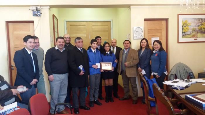 SENDA Previene La Unión premió a estudiantes que participaron en creación de payas preventivas