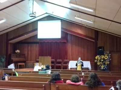 SENDA Previene Valdivia realizó charla a fieles de Iglesia Adventista Alborada