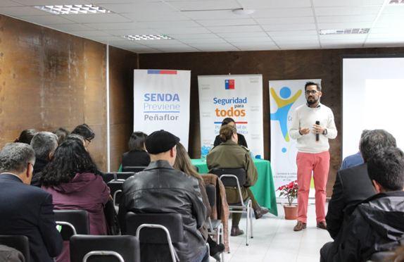 SENDA capacita a equipos de establecimientos educacionales de Peñaflor