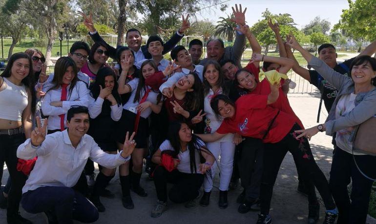 Vecinos participan en Escuela Preventiva del consumo de drogas y alcohol