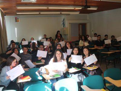 Estudiantes de diversas carreras de la Universidad Austral de Chile finalizaron curso sobre Drogodependencia