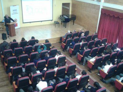 """Con """"Voces de Esperanza"""" promueven prevención del consumo de drogas y alcohol en Puerto Montt"""
