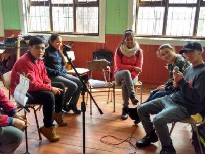 Estudiantes del Taller de Radio del Colegio Honorio Ojeda Valderas de La Unión entregaron mensajes preventivos en Fiestas Patrias