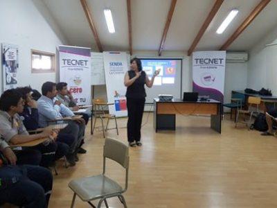 Previene realiza taller para trabajadores y trabajadoras de La Cisterna