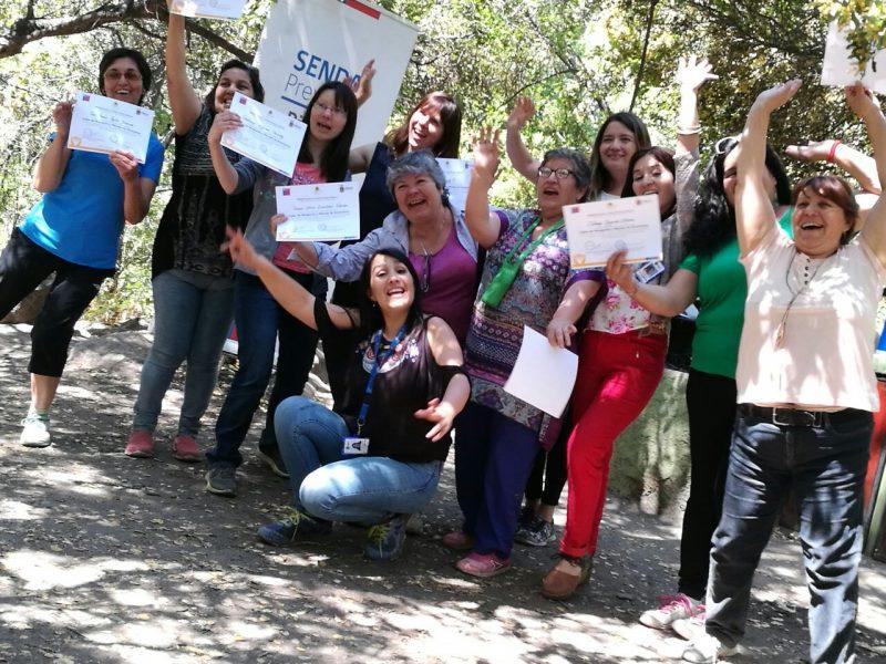 Vecinas de Pirque finalizan su trabajo anual con el SENDA Previene
