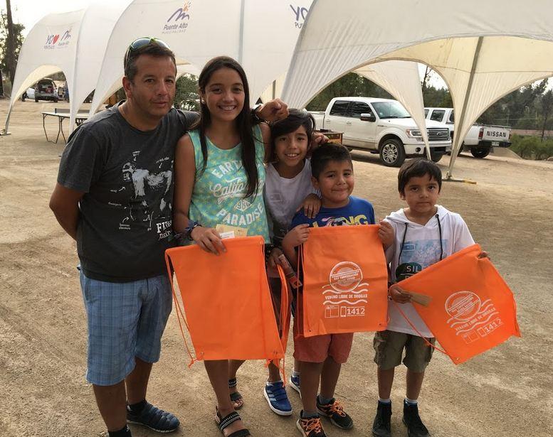 En Puente Alto se difunde campaña de verano a través del cine