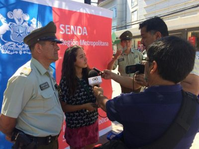 "SENDA Previene Melipilla difunde campaña ""O Tomas O Manejas. Tú tomas la decisión"""