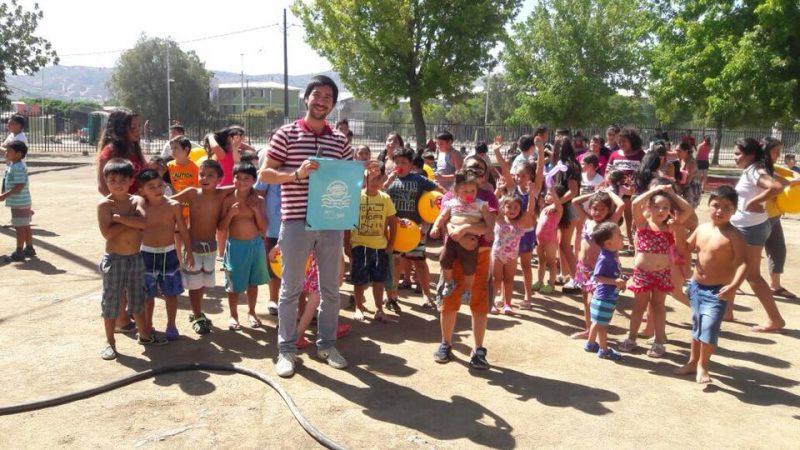 SENDA Previene Talca lanzó con  éxito campaña de verano en barrio Las Américas