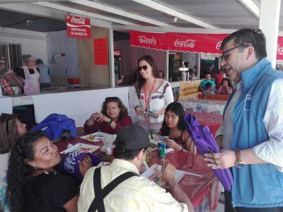 SENDA Previene Valdivia incentivó la conversación y el compartimiento familiar entre veraneantes de Feria Costumbrista