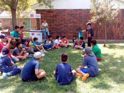 Ñiños, niñas y adolescentes de Lampa se informan sobre campaña de verano
