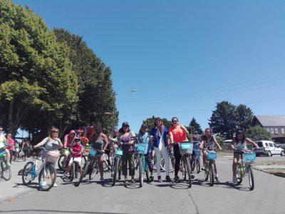 Pedalea Llanquihue reunió a familias en torno a la importancia de disfrutar sanamente el período estival