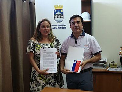 SENDA y Municipalidad de Los Andes renuevan convenio de colaboración para implementar el programa Previene en la comuna