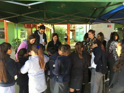 Estudiantes de Tiltil participan de feria preventiva en el Liceo Polivalente