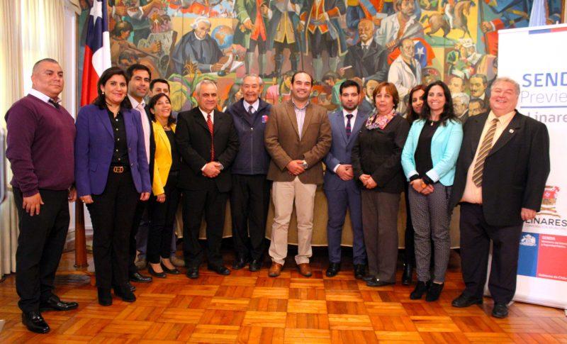 Colegios municipales firman convenio de prevención con SENDA Previene Linares