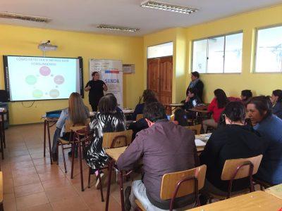 Apoderados de Licantén recibieron taller de Detección Temprana realizado por el SENDA Previene