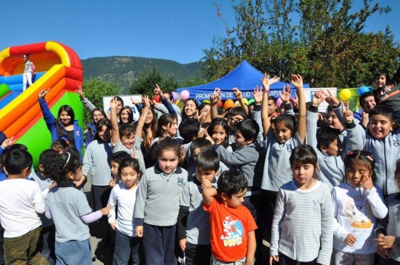 SENDA Previene Panguipulli participó en Feria de la Salud, Autocuidado y Actividad Física en Coñaripe.