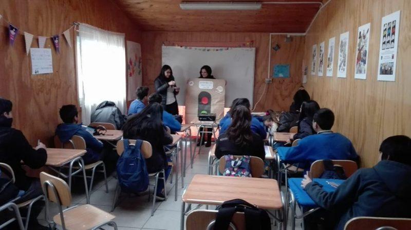 """Programa Actuar a Tiempo de SENDA Previene Paillaco realizó taller de """"Buen Trato"""" a estudiantes Escuela Olegario Morales"""