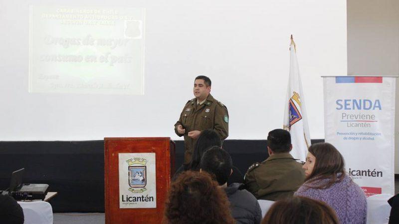 SENDA Previene Licantén y el OS7 de Carabineros expusieron sobre los riesgos de las drogas más consumidas en la región del Maule