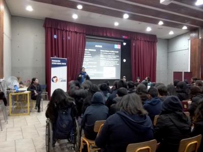 Finaliza ciclo de talleres preventivos en colegio Enrique Alvear de Cerro Navia