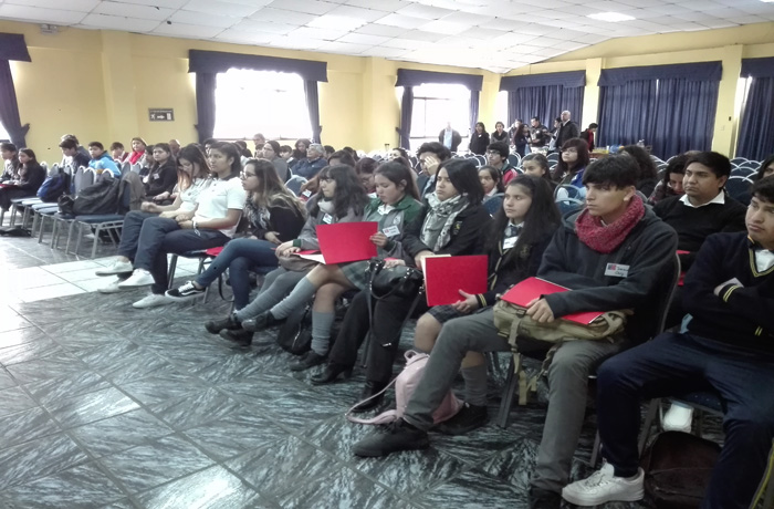 Más de setenta representantes de Centros de Alumnos participaron en jornada preventiva de SENDA