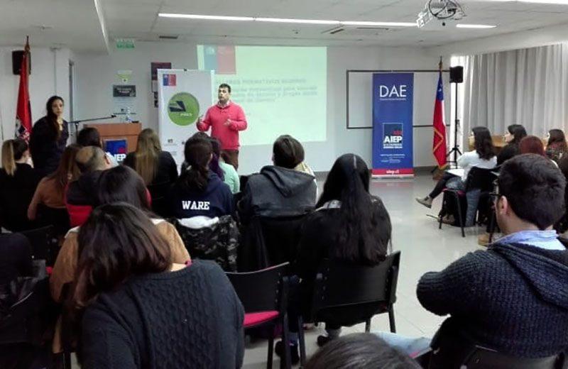Estudiantes de la UPLA iniciaron taller sobre estrategias preventivas para abordar el consumo de alcohol y drogas