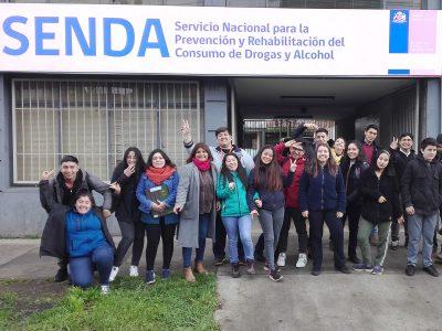 Estudiantes de Vilcún se capacitan con SENDA Araucanía