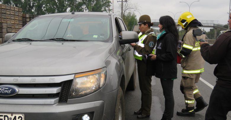 Carabineros, Bomberos y SENDA entregaron recomendaciones a los conductores