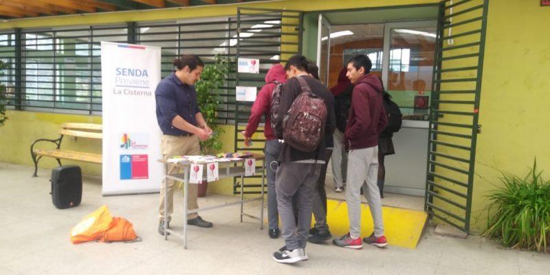 """Más de 600 escolares de La Cisterna participaron en """"Recreos Preventivos"""" a cargo de SENDA Previene"""