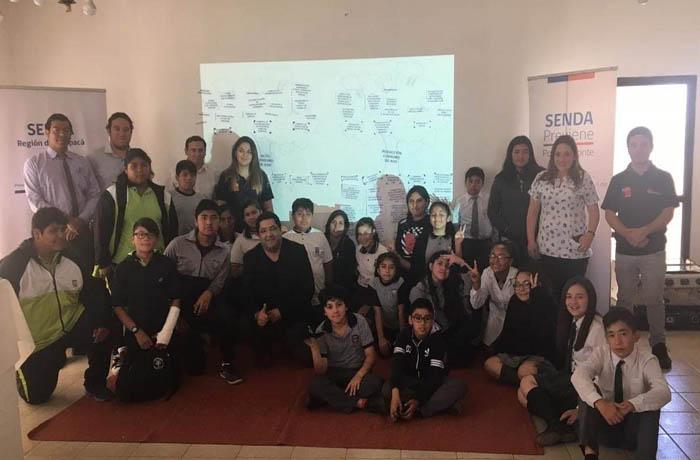 Miembros de Centros de Alumnos de Pozo Almonte dialogan sobre prevención de drogas