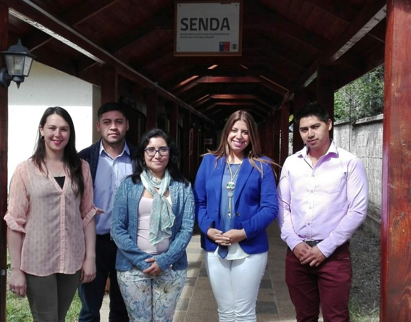 Tras finalizar jornada en Santiago, Directora Regional SENDA Araucanía asesora comuna de Loncoche